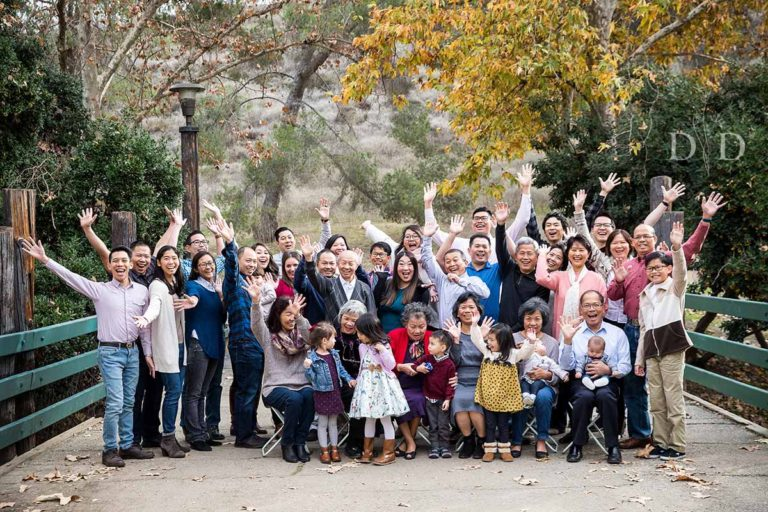 Large Family Photos Bonelli Park | 4 Generations of the {H} Family