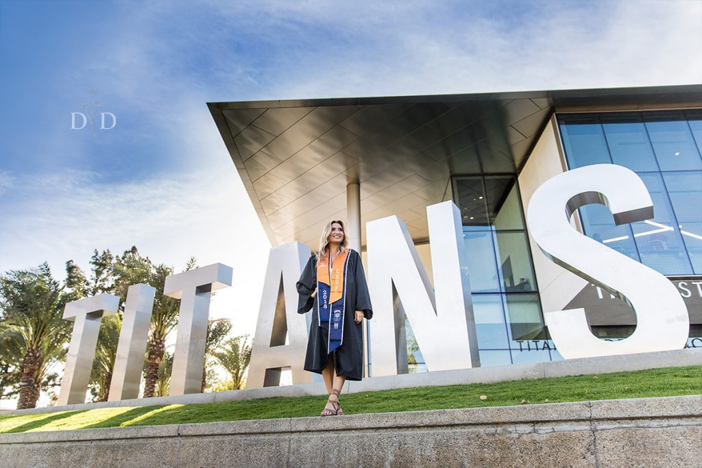 CSU Fullerton Titans Grad Photo